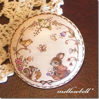 rabbit&squrrel_flowerwreath_present_brooch