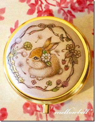 rabbit_margaret_pillcase
