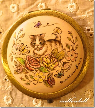 cat_rose_butterfly_compactmirror
